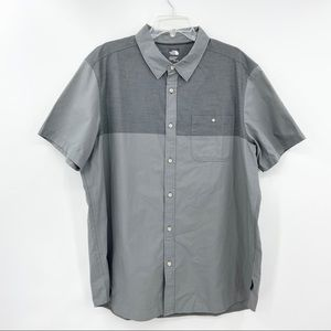 THE NORTH FACE Short Sleeve Shirt Button Down